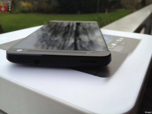 HTC One Oben